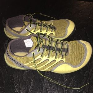 Merrell trail glove shoes size 8